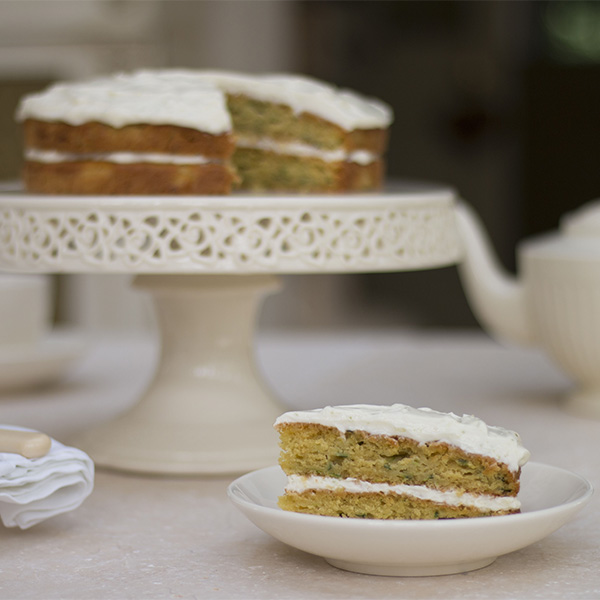 making cakes with oil courgette cake